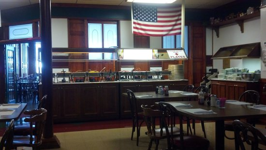 Cold Harbor Restaurant: nice clean breakfast bar Sat and Sunday