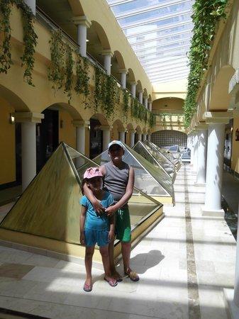 Hotel ATH Roquetas de Mar: Entre las habitaciones