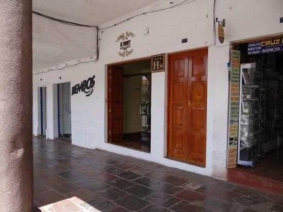 El Virrey Boutique Hostal: Frente do Hotel