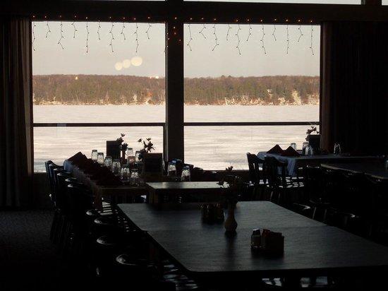 Cragun's Resort on Gull Lake : Vista do restaurante