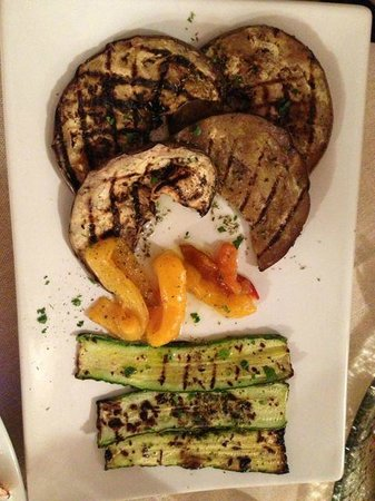Pochi Intimi: Mixed Grilled Vegetables.  Eggplant, peppers, Zucchini