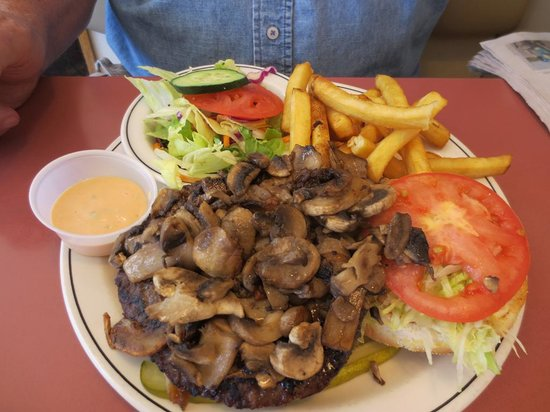 Rolly's Restaurant : mushroom burger with half fried half salad
