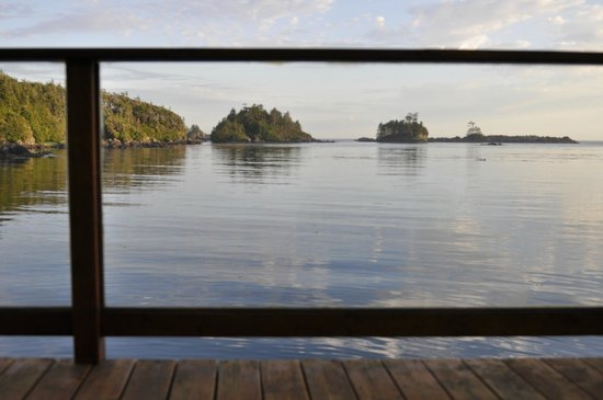 Bostrom's B&B On Little Beach Bay : A Room With a View