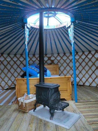 Cape Clear Campsite: Interior of our yurt
