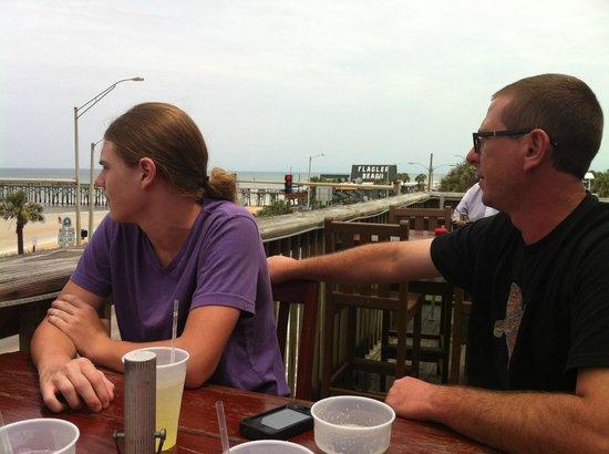 Finn's Beachside: Finn's is close to the Flagler Beach Pier.