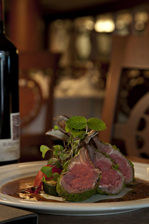 The Evergreen Restaurant and Lounge : Herb Crusted Rack of Lamb