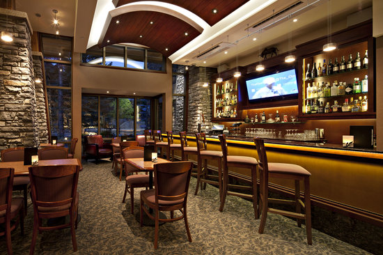 The Evergreen Restaurant and Lounge : Evergreen lounge