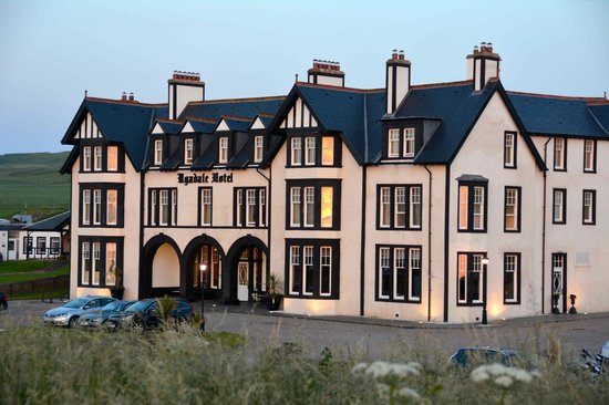 The Ugadale Hotel & Cottages : The Ugadale at sunset