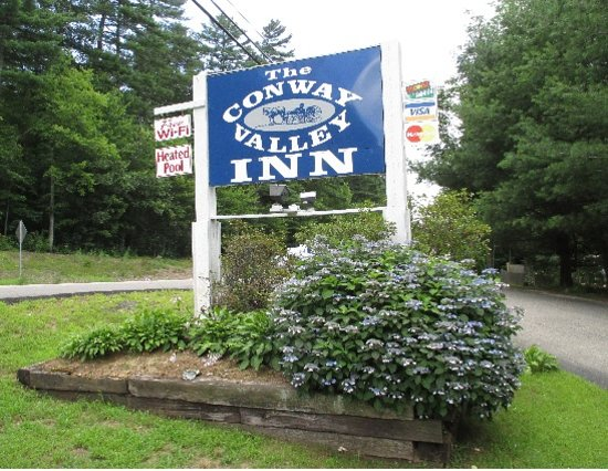 Conway Valley Inn: The photo that was here on tripadvisor wasn't this motel, so I put a picture of their sign in. I