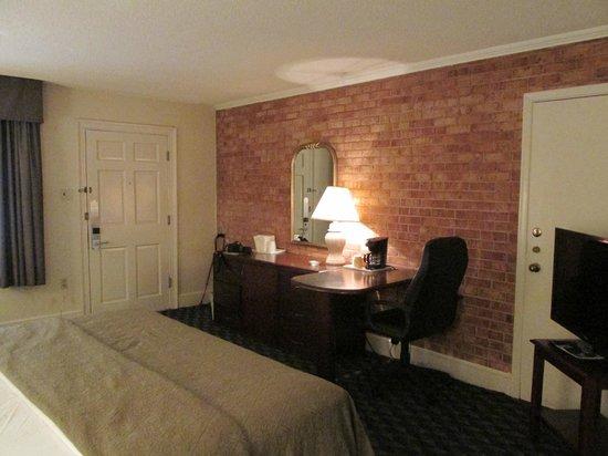 Governor House Inn: Plenty of Room