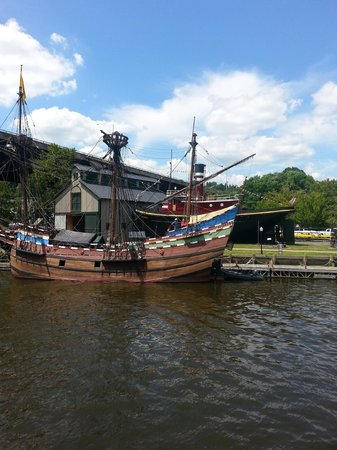 Hudson River Cruises, Inc.: A Replica of Henry Hudson's vessel moored near the Maritime Museum, Seen from the Rip Van Winkle
