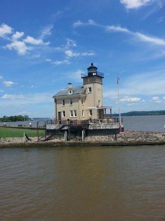 Hudson River Cruises, Inc. : A Lighthouse on the Hudson