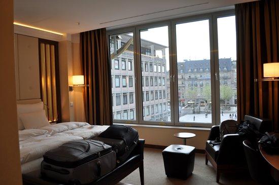 Dom-Hotel Köln: Room