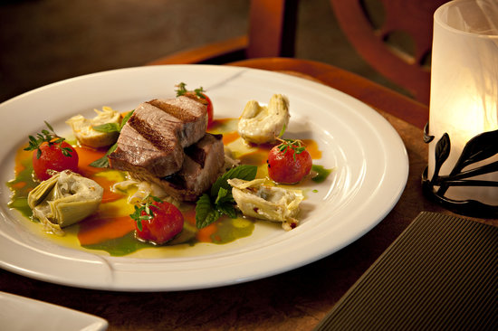 The Evergreen Restaurant and Lounge: Tuna