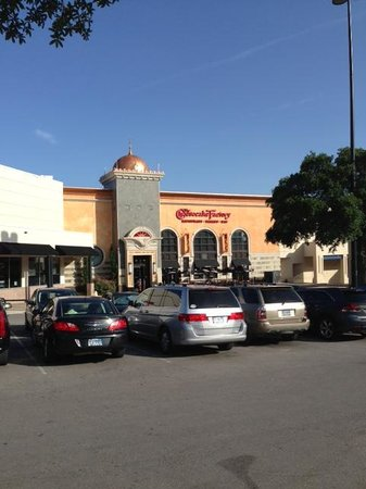 The Cheesecake Factory: Front View 1
