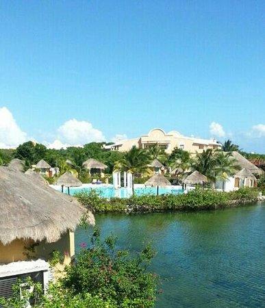 piscina picture of grand palladium white sand resort. Black Bedroom Furniture Sets. Home Design Ideas
