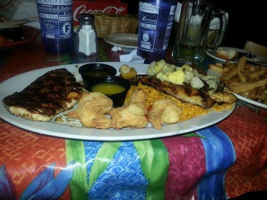De Soto's Seafood Kitchen: Caribbean Platter