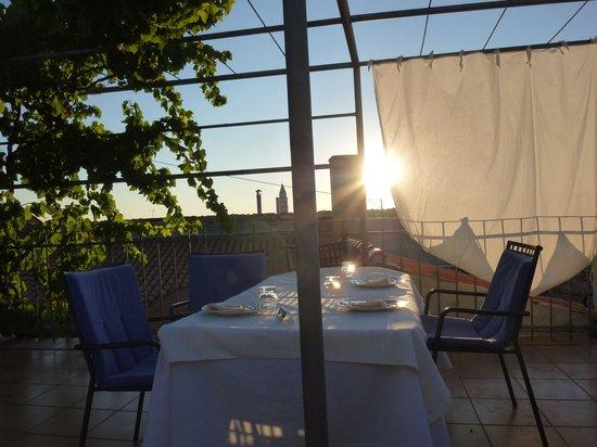 Vodnjanka: Upstairs outdoor dining area