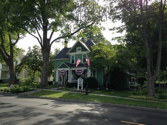 Country Victorian Bed and Breakfast: From across the street