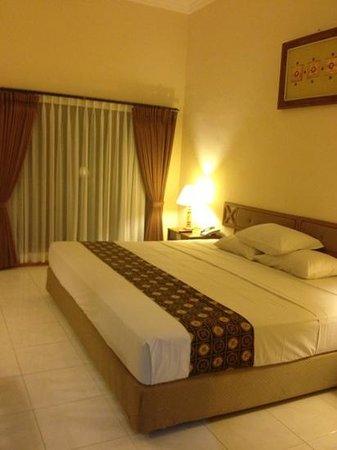 Mentari Sanur Hotel: Bedroom