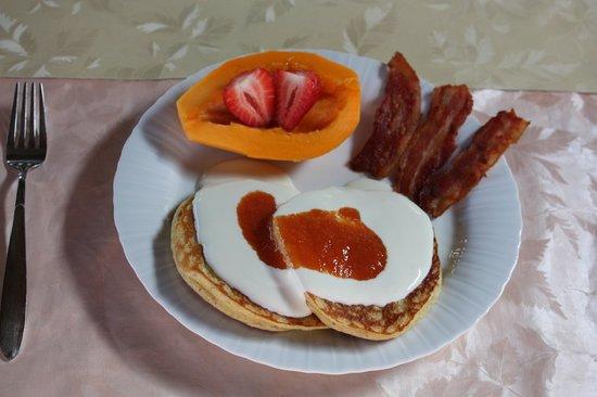 "Aloha Guest House: a ""sweet"" breakfast"