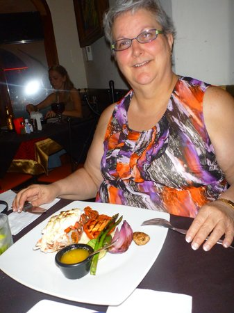 Al Pie de Carbon: Jane and her Lobster dinner