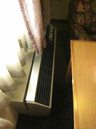 GuestHouse Aberdeen Inn: A/C