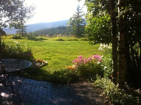 Lodge & Spa at Cordillera : Beautiful grounds!