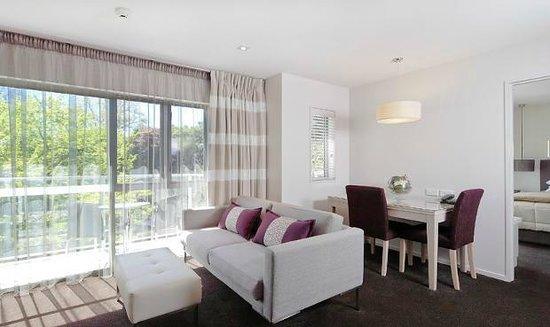 Century Park Motor Lodge : One bedroom - Ambassador Suite