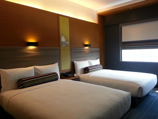 Aloft Kuala Lumpur Sentral: Entry Room type, 2 double bed