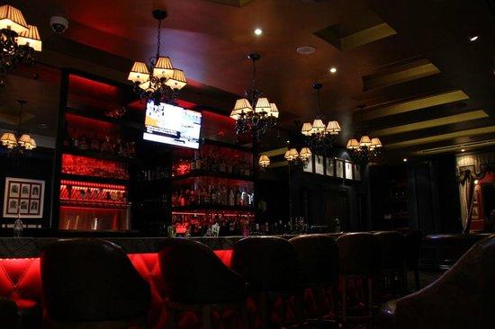 Bar Picture Of Windsor Arms Tea Room Toronto Tripadvisor