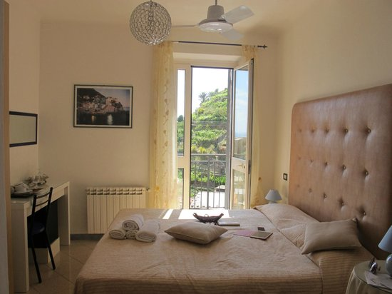 Casa Capellini - Rooms and Apartments : the perfect room with little charming detailings