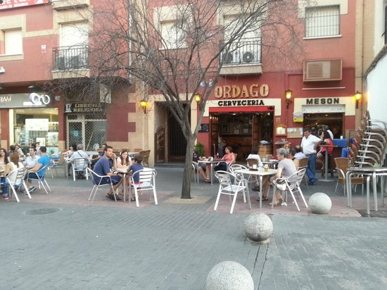 Ordago Meson Restaurante SL. : La entrada