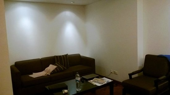 Aston at Kuningan Suites: living room