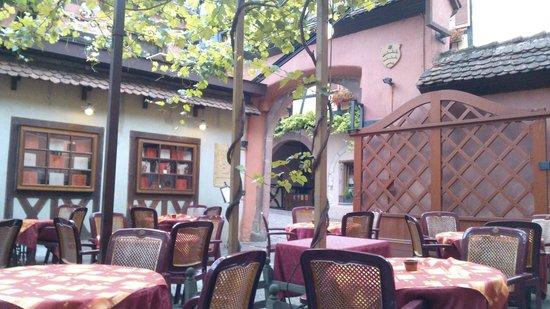 La Dime: superbe terrasse ombragée