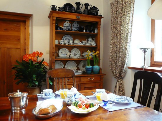 Das Lehmhaus am Anger: Die Stube - ein Frühstückszimmer mit besonderem Flair