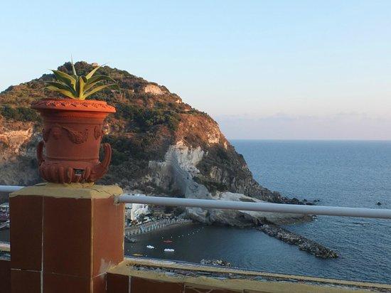 Hotel Villa Sirena : Sant'Angelo visto dal terrazzo panoramico