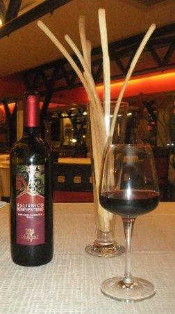 Ristorante La Sciabica: vino d.o.c  ottimo