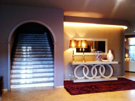 Hotel Torre de Nuñez: recepcion