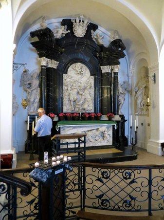 Dom zu Fulda: Grab des heiligen Bonifatius