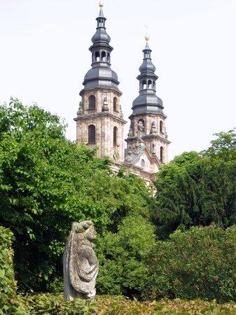 Dom zu Fulda: Dom vom Dahliengarten aus gesehen