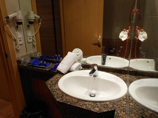 B&B El Pekinaire: bathroom