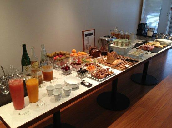 Anne de Bretagne : le buffet du petit déjeuner