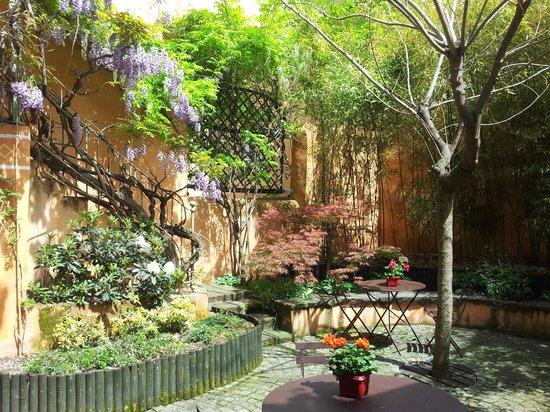 Le Petit Siam : patio