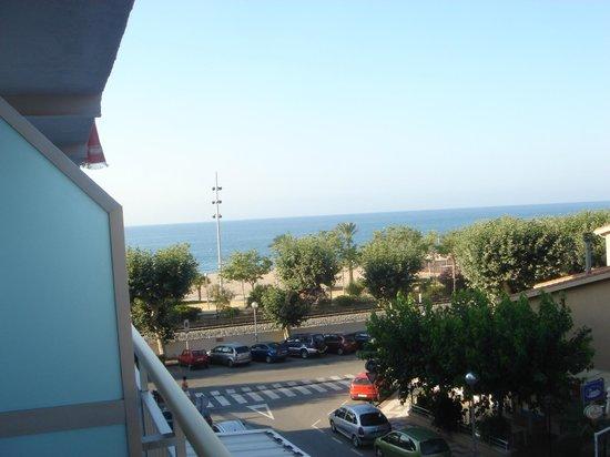 Internacional Hotel: terraza habitación 202