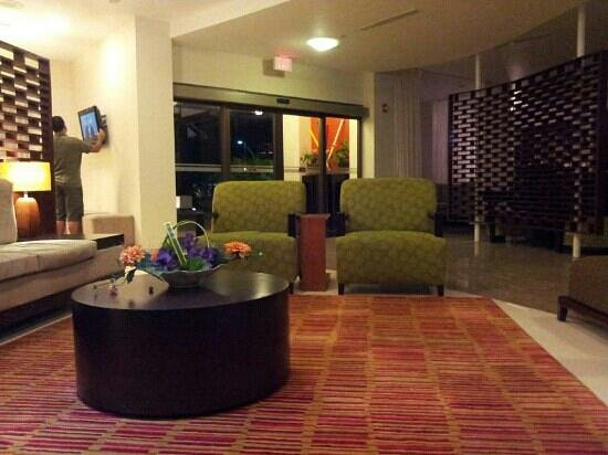Courtyard Paramaribo: Lobby