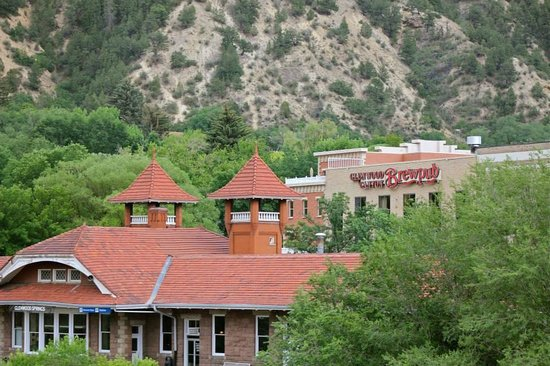 Glenwood Canyon Brewing Company: Glenwood Canyon Brewing Co.  - Across the street from train station.