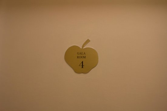 Apple House Guest Accommodation: Room 4