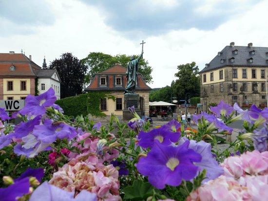 Fuldaer Stadtschloss: Blick zur Hauptwache