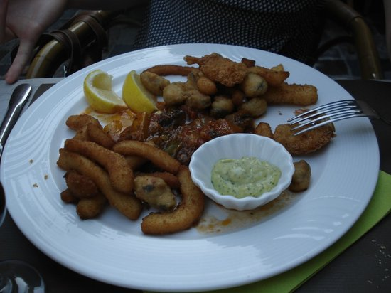 la favouille : fried fish